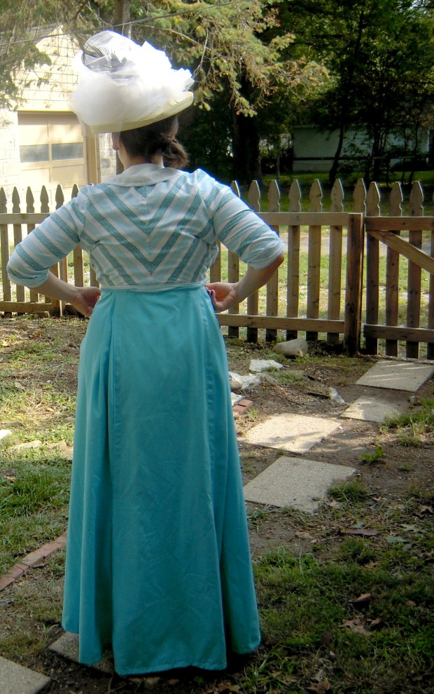 Titanic costume back view