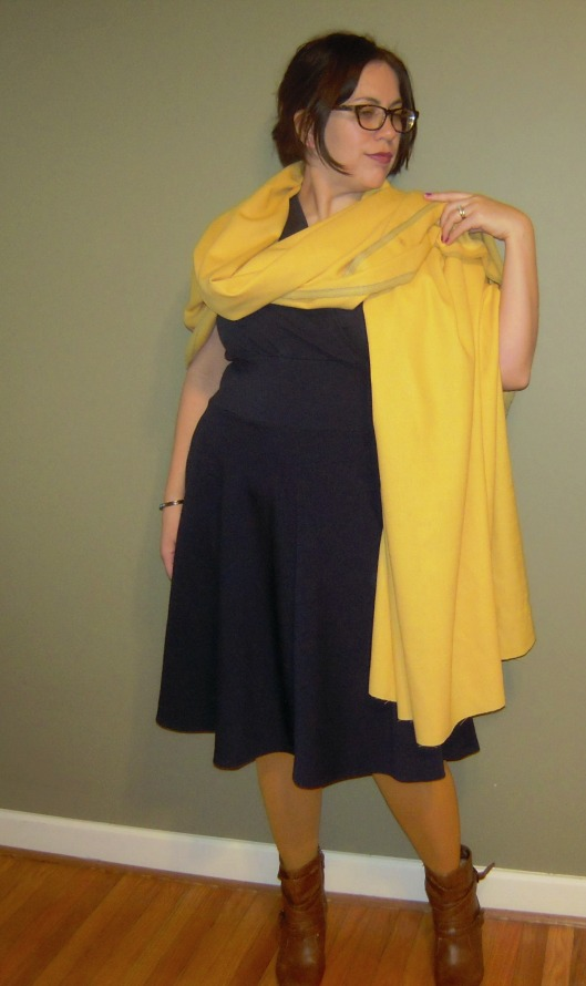 Tira with yellow wool crepe