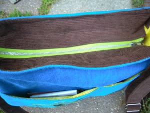 Daytripper lime green zipper top