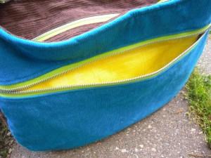 Daytripper zippered pocket open
